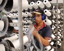 Fábrica de sacos de Santa Clara le ahorra a Cuba un millón de dólares al año